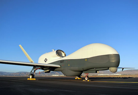 MQ-4C Triton: Siêu máy bay không người lái của hải quân Mỹ
