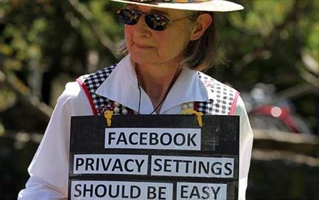 Chiêu chống lừa đảo trên Facebook cực kì đơn giản