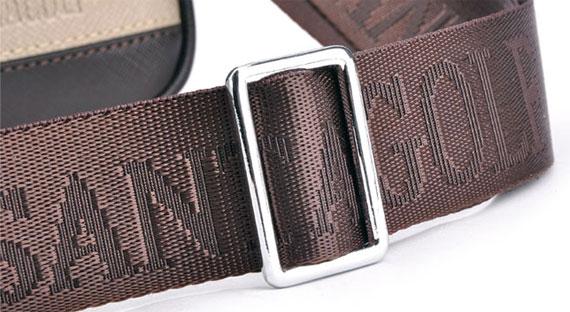 Chất lượng dây đeo chéo của túi cực tốt