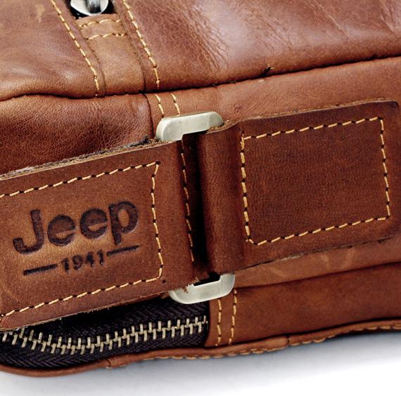Logo túi xách nam in trên quai túi