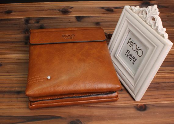 Túi xách nam Bolo làm từ chất liệu da thật có chất lượng cực tốt