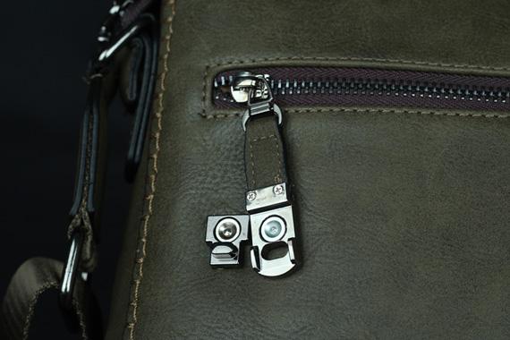 Khóa túi được làm rất cẩn thận cho độ bền cao