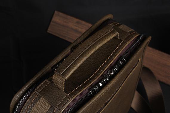 Quai túi xách giá rẻ được thiết kế nhỏ gọn, thời trang