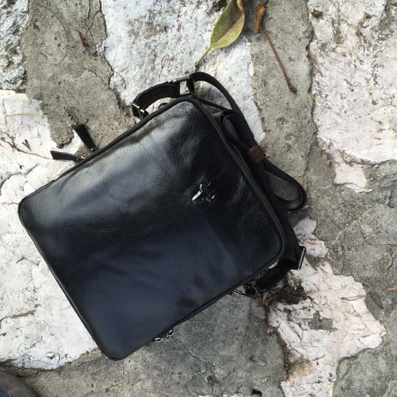Túi đeo chéo nam da thật 003 màu đen