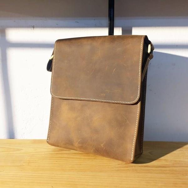 Túi đeo chéo nam da bò thời trang sang trọng KT33 nâu xước