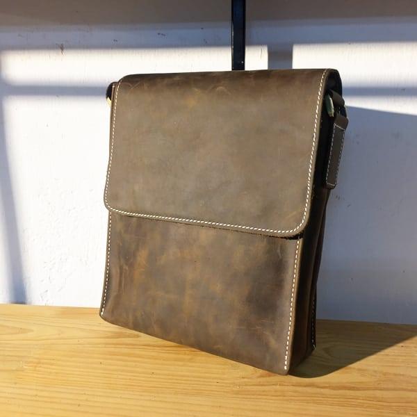 Túi đeo chéo nam da bò thời trang sang trọng KT33 xanh rêu