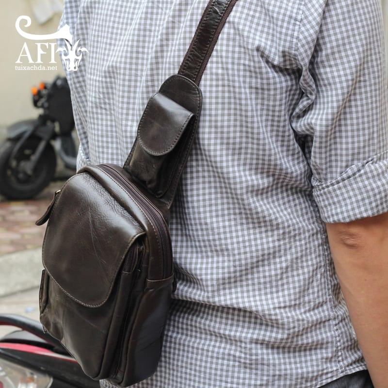 Túi đeo lưng nam thời trang da thật đựng iPad mini tdl10 đen 1