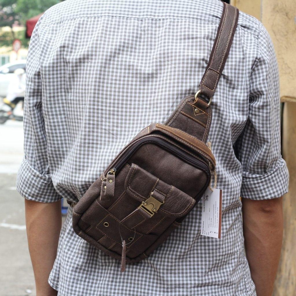 Túi đeo ngực da thật cho nam thời trang bụi bặm màu đen ghi