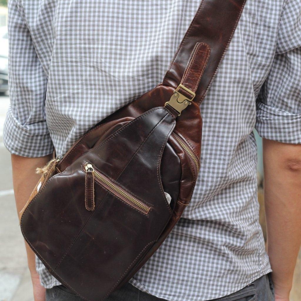 Túi đựng iPad đeo ngực nam da thật thời trang TDL12 3