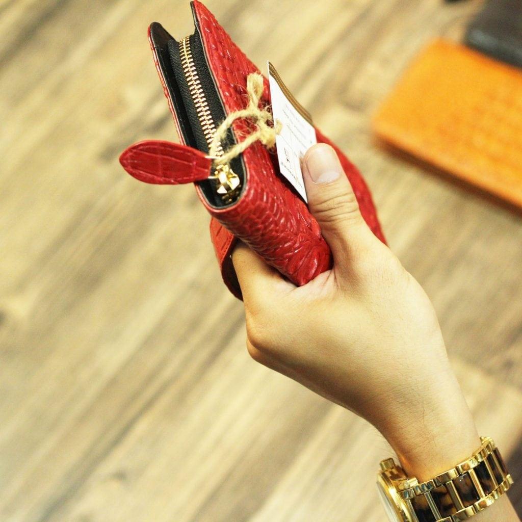 Ví da cá sấu nữ cầm tay thời trang mới nhất 2017 màu đỏ thời trang sang trọng