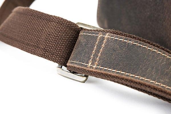 Túi xách nam đeo chéo da bò sáp KT51 màu đen dây đeo chéo