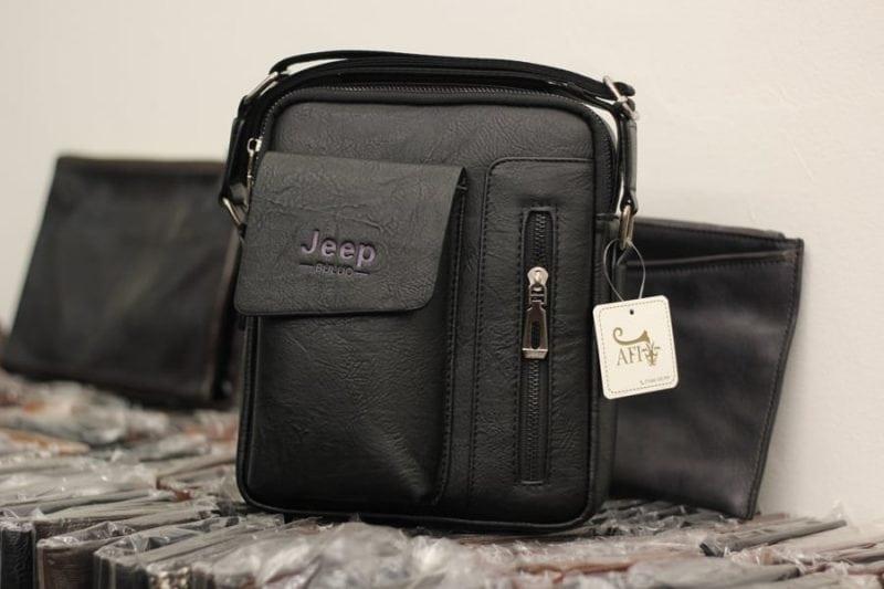 Túi đeo chéo Jeep giá rẻ 04 màu đen