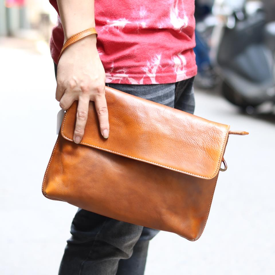 Cặp da nam clutch bag đeo chéo cầm tay da thật sang trọng CD43 vàng - cầm tay