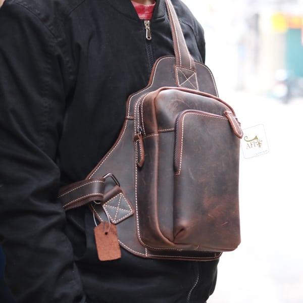 Túi đeo chéo ngực da bò sáp TDL03 New đeo trước ngực