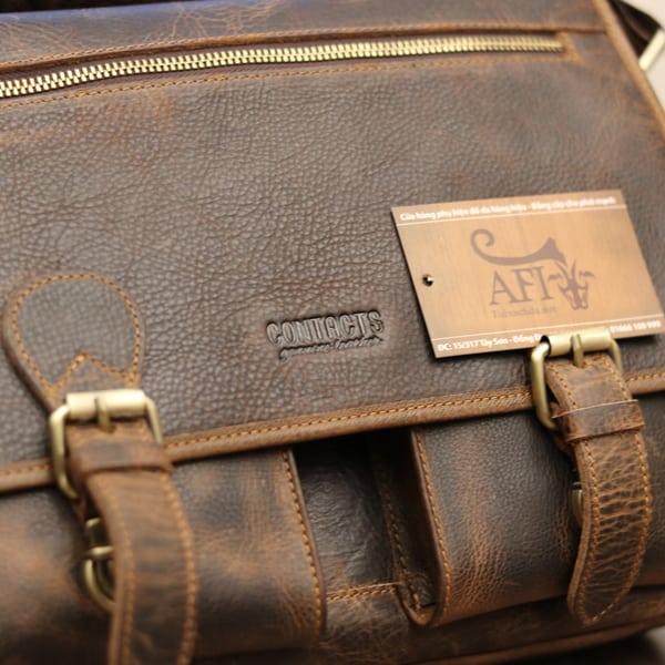 Cặp túi xách đeo chéo nam da thật Contact 09 logo sắc nét