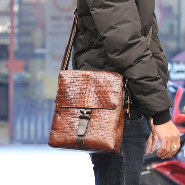Túi đeo chéo nam công sở mẫu mới 2018 KT67 đeo nghiêng