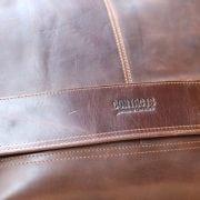 Cặp túi xách đeo chéo nam da thật Contact 12 logo sắc nét