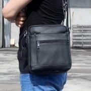 Túi da nam đeo chéo giá rẻ KT69 màu đen