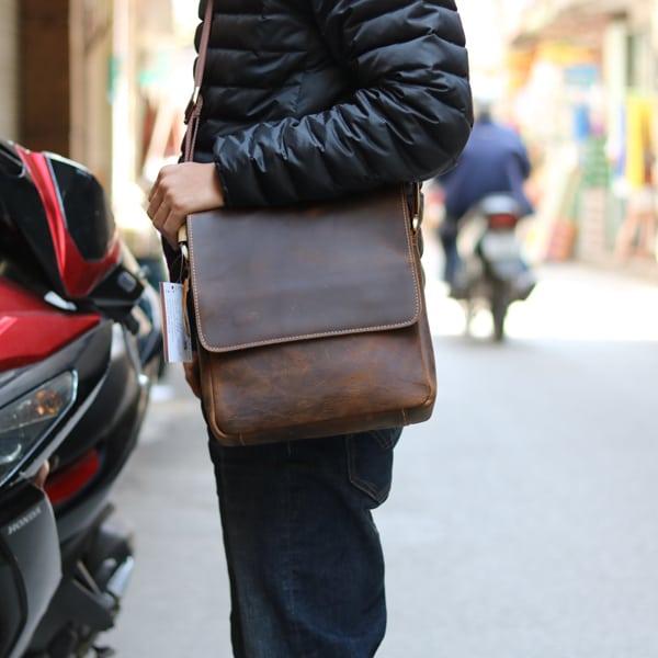 Túi đeo chéo nam da thật đựng iPad dạng hộp KT68 kiểu dáng thời trang