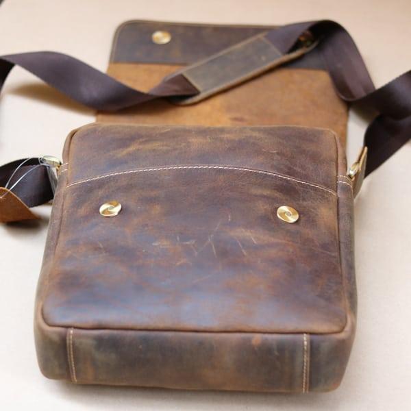 Túi đeo chéo nam da thật đựng iPad dạng hộp KT68 mặt trong