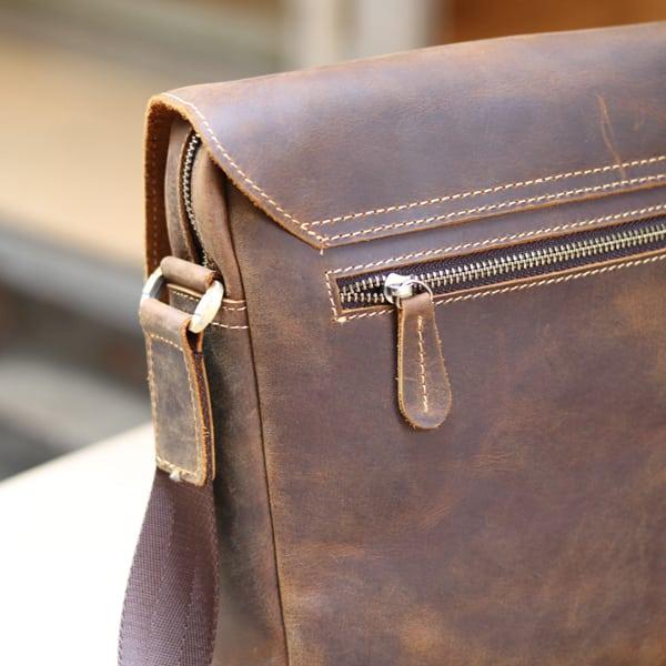Túi đeo chéo nam da thật đựng iPad dạng hộp KT68 khóa kéo chắc chắn