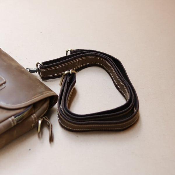 Túi đeo chéo nam kiểu dáng mini da bò sáp KT72 dây đeo